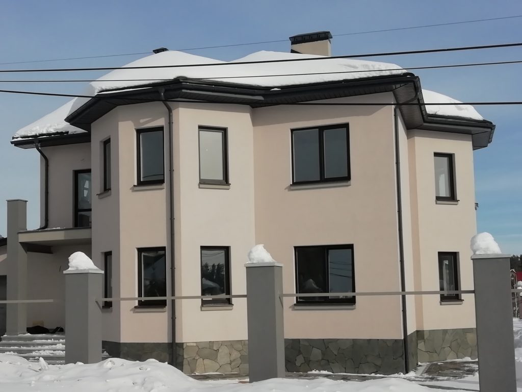 Наши работы город Заречный, мокрый фасад фото